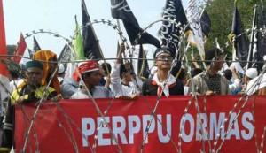 Demontrasi Menolak Perppu Ormas Source : Indopos.co.id